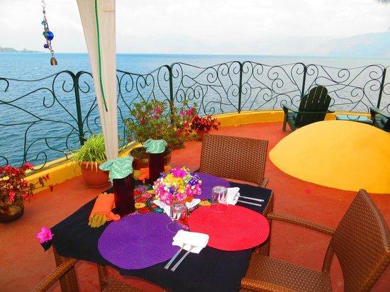 Kaalpul Atitlan Eco Hotel & Spa: Hotel Patio