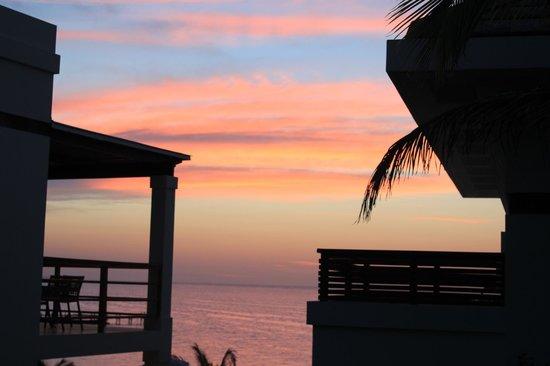 Las Verandas Hotel & Villas: Another spectacular sky!
