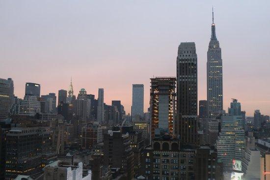 Wyndham New Yorker Hotel : Amanece en NY