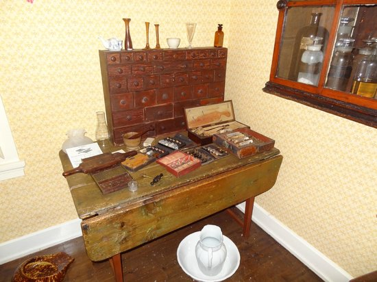 Heritage Village Museum: The local doctor's tools and supplies