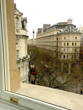 Corinthia Hotel London: View form Room