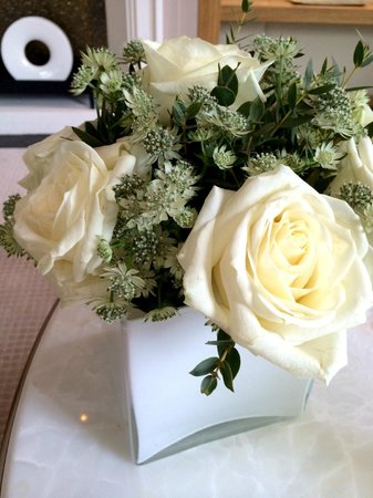 Corinthia Hotel London: Flowers