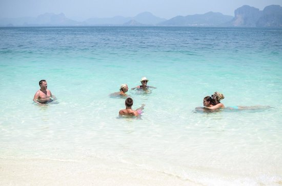 Poda Island : Magiskt vatten och helt underbar ö.
