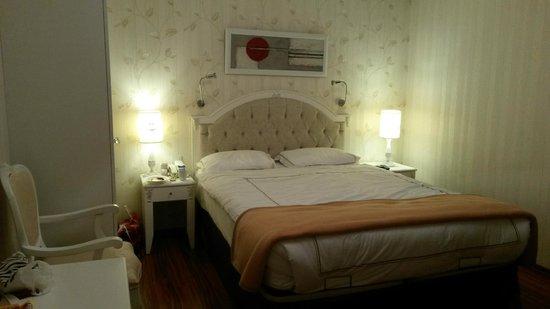 Albinas Hotel: Vårt dubbelrum