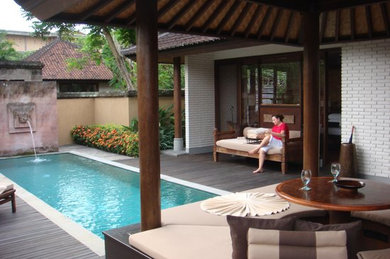The Chedi Club Tanah Gajah, Ubud, Bali – a GHM hotel: Our private walled in hotel room and grounds, with swimming pool, Sauna, Large bedroom, lounging