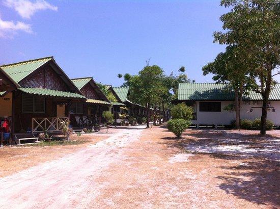 Varin Beach Resort: les bungalows