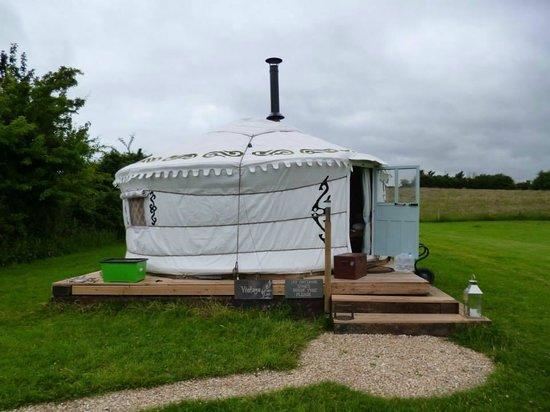 Love2Yurt: The yurt