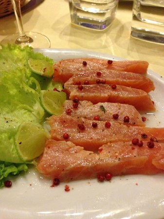 GALLUS : gravalax marinated in vodka and spices