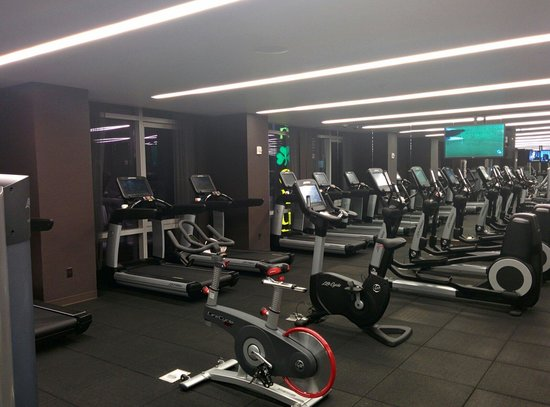 Hyatt Centric Times Square New York : Cardio section