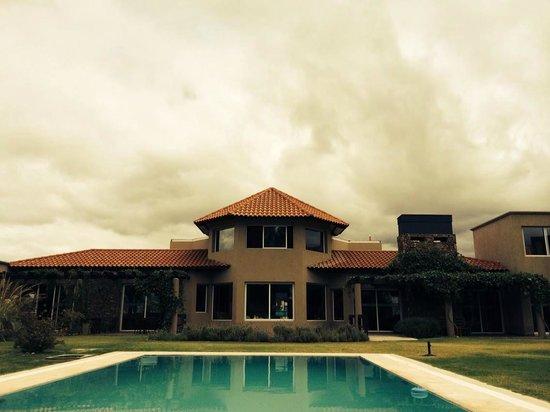 Villa Mansa Wine Hotel & Spa : Vista desde la piscina