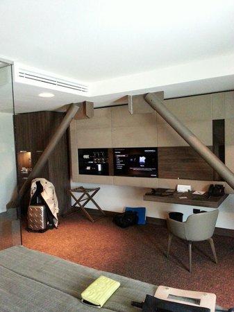 Kronwell Hotel: Lifestyle room. Gorgeous!