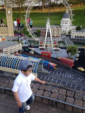 Legoland Windsor Resort: Boy loving it