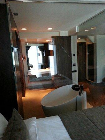 Kronwell Hotel: Lifestyle room.