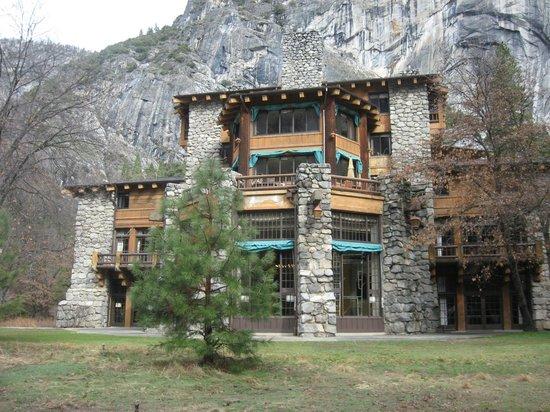 The Majestic Yosemite Hotel: Exterior of hotel