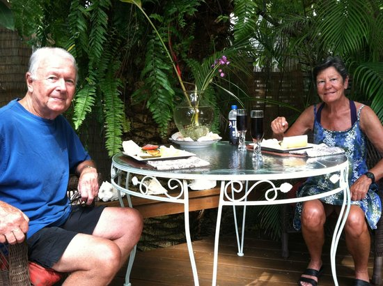 Atlantis House: Yellow Tail Snapper Lunch on the Patio