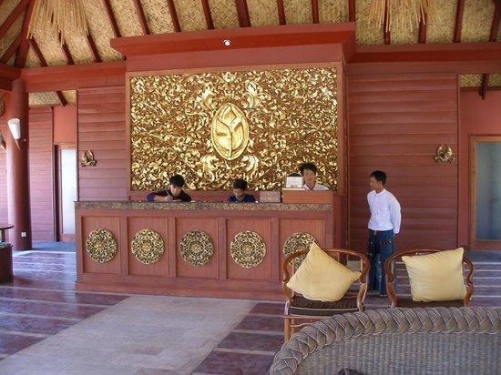 Pristine Lotus Resort: Reception