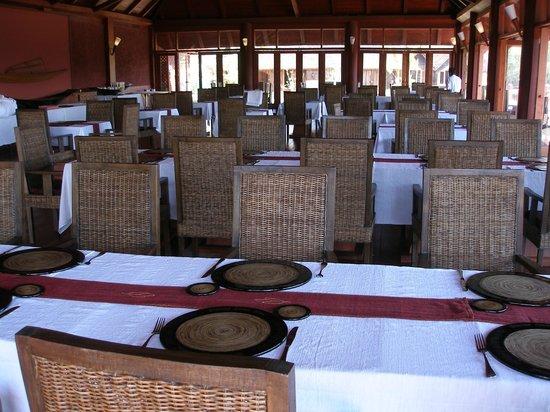 Pristine Lotus Spa Resort : Dining room