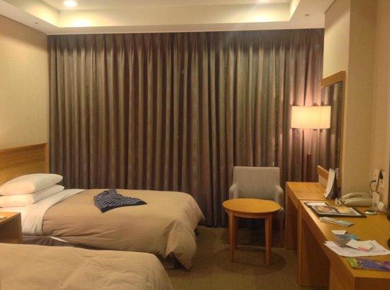 Songdo Bridge Hotel: Номер