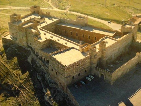 Parador de Siguenza: Vista do castelo
