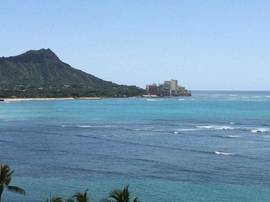 Outrigger Reef Waikiki Beach Resort : View of Diamond Head