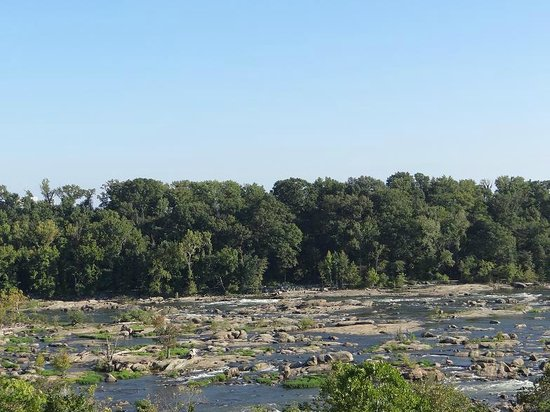 Hollywood Cemetery: One of the James River views