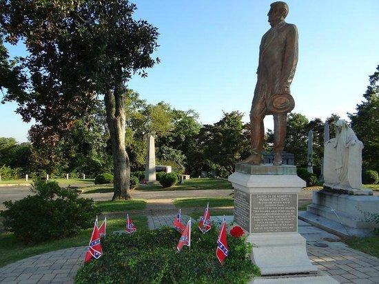 Hollywood Cemetery: Jefferson Davis grave site