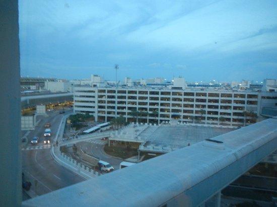 Miami International Airport Hotel : View