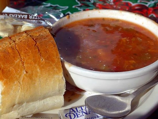 Ketch Joanne Restaurant & Bar: Manhattan clam chowder