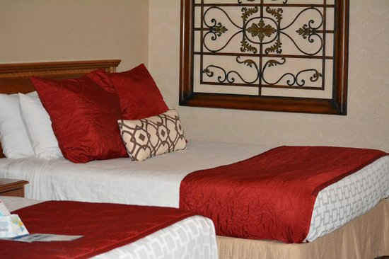 Best Western Plus Garden Inn: nice comfy bed, and clean