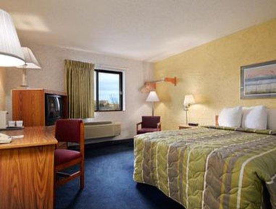 Motel 6 Naperville : Guest Room1 Bed