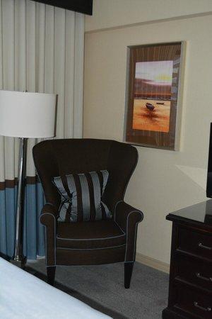 Sheraton Universal Hotel: room