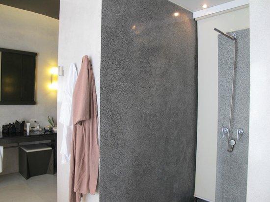 X2 Koh Samui Resort - All Spa Inclusive: bath area