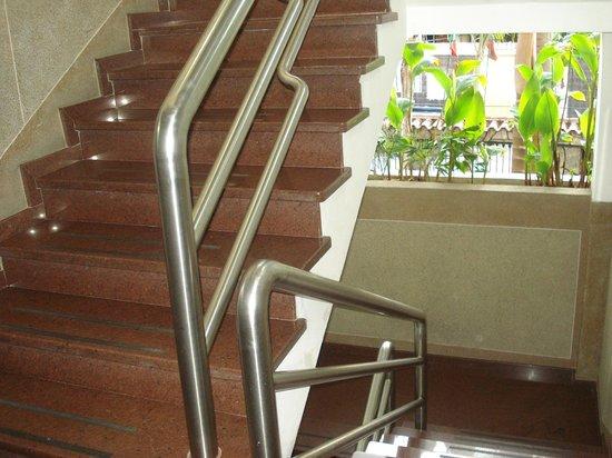 Hotel La Parada: No hay ascensor, subir y bajar por escaleras