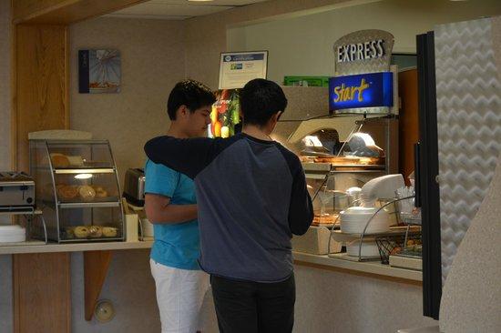 Clarion Inn : breakfast buffet