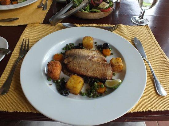 Kiangazi House: Lunch