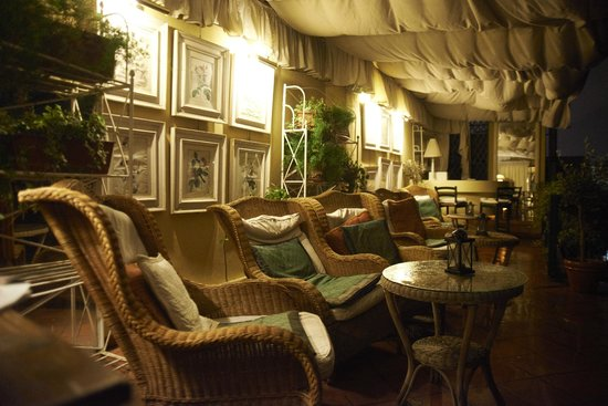 Hotel Cellai: rooftop patio extraordinaire