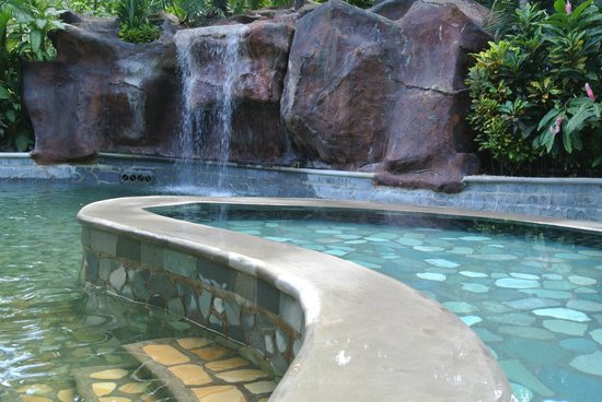 Baldi Hot Springs Hotel Resort & Spa: Elevated pool was cool, lower about like hot bath water.