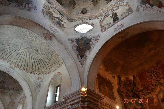 Mission San Xavier del Bac: Ceiling