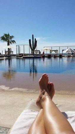 Pueblo Bonito Pacifica Golf & Spa Resort : Poolside