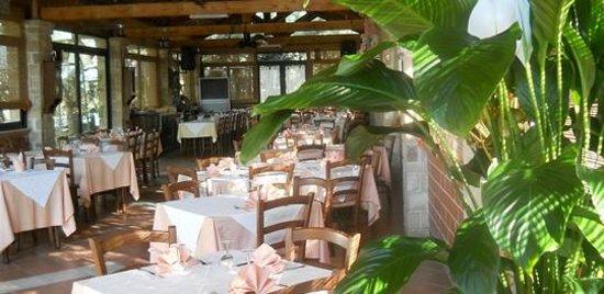 Riola Sardo, إيطاليا: sala da pranzo