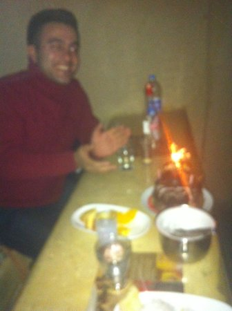 Local Cave House: turkish night birthday cake surprise