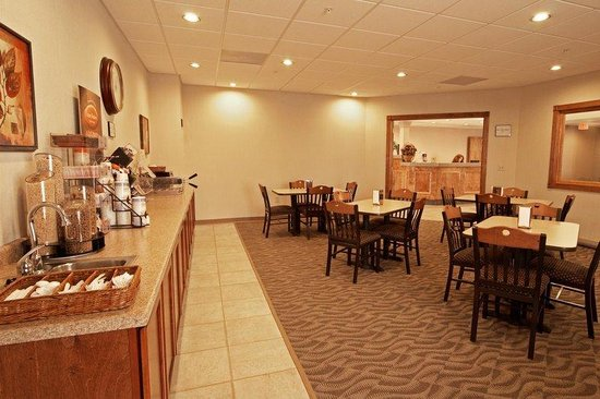 Paola Inn and Suites: Meeting Room