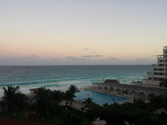 Crown Paradise Club Cancun: View from 2nd floor building #1