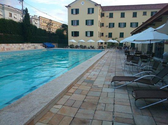 Hotel Gloria : Área de Lazer e piscina