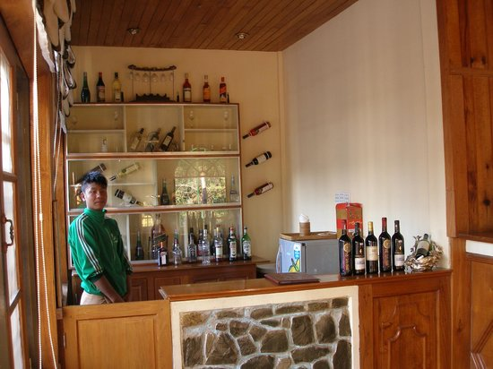 Pine Hill Resort, Kalaw: Bar