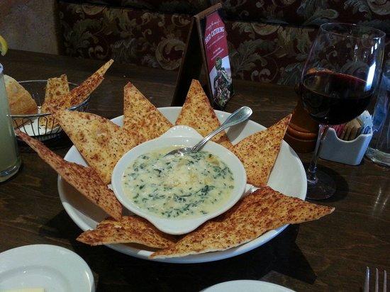BRIO Tuscan Grille : Artichoke dip
