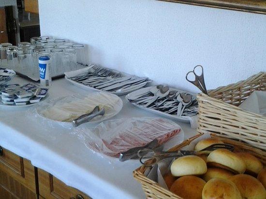 Hotel Santa Eulalia: Breakfast