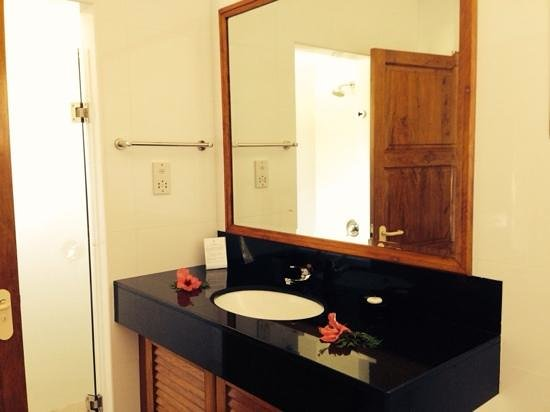 Les Villas d'Or : ванная комната - туалет, душ