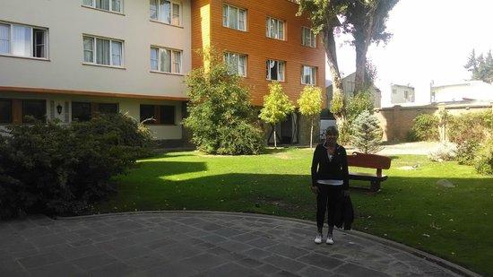 Hotel Kosten Aike: Hermoso parque.