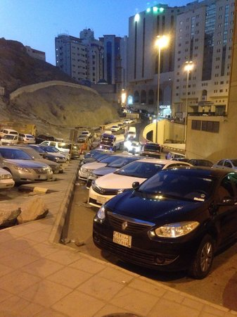 Elaf Ajyad Hotel : Une monté à vous coupiez le souffle et surtout pour les gens d'un certain âge